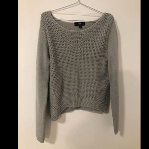 3/20 mossimo  grey sweater small